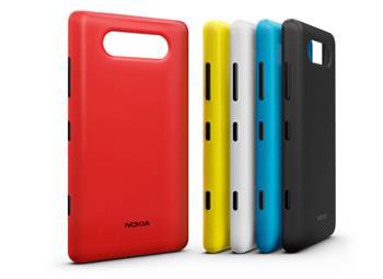 CC-3041 Nokia Lumia 820 ochranný kryt pro nabíjení Matt Black (EU Blister)
